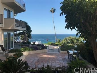 520 Cliff Drive #104, Laguna Beach, CA 92651 (#LG18040847) :: Teles Properties | A Douglas Elliman Real Estate Company
