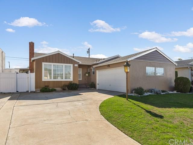 2430 W 166th Place, Torrance, CA 90504 (#SB18040769) :: RE/MAX Masters