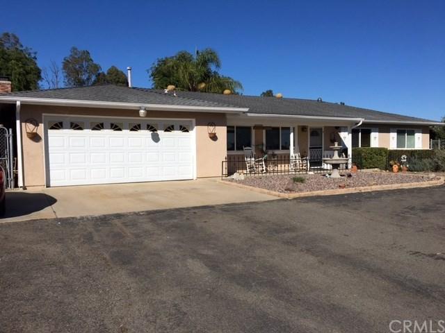 1130 Adobe Norte Avenue, Fallbrook, CA 92028 (#SW18042630) :: Dan Marconi's Real Estate Group