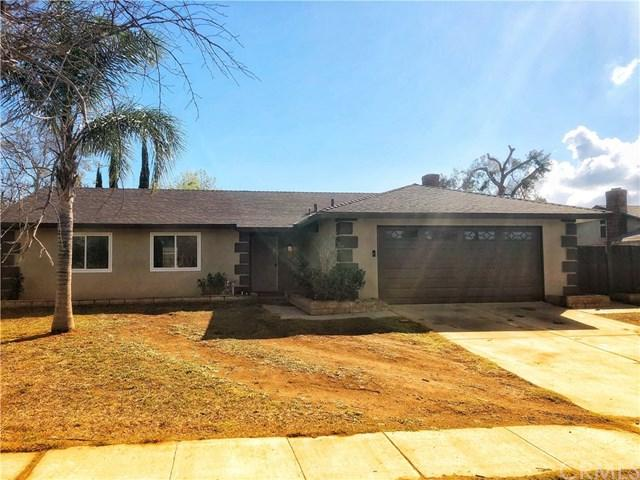 743 N Beechwood Avenue, Rialto, CA 92376 (#IV18042736) :: Mainstreet Realtors®