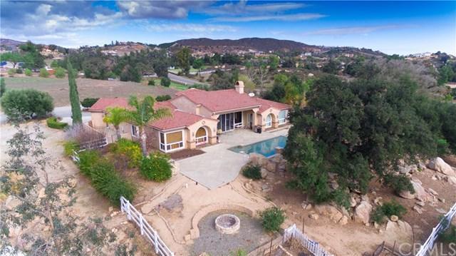 20345 Avenida Del Rubio, Murrieta, CA 92562 (#SW18042896) :: Dan Marconi's Real Estate Group