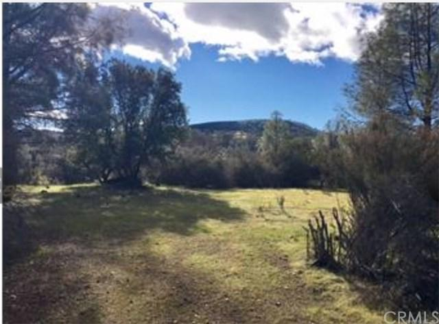 3025 Wolf Creek Road, Clearlake Oaks, CA 95423 (#LC18043010) :: Impact Real Estate