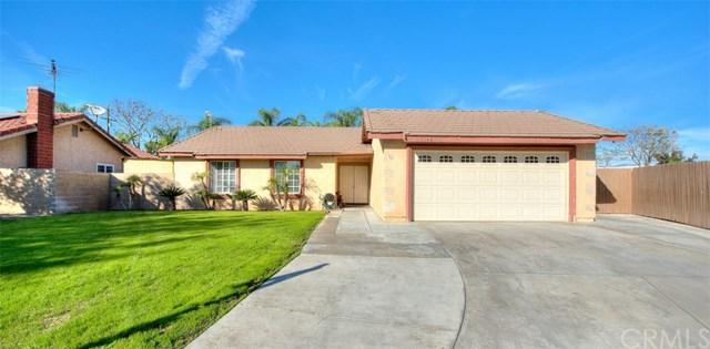 1140 W Huff Street, Rialto, CA 92376 (#CV18042991) :: Mainstreet Realtors®