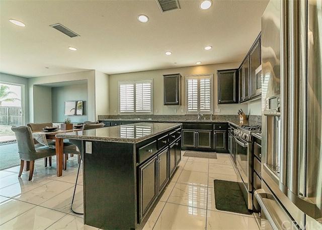 29255 N Crest Drive, Lake Elsinore, CA 92530 (#OC18043035) :: Dan Marconi's Real Estate Group