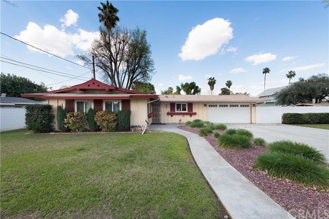 7125 Nixon Drive, Riverside, CA 92504 (#CV18043096) :: Dan Marconi's Real Estate Group