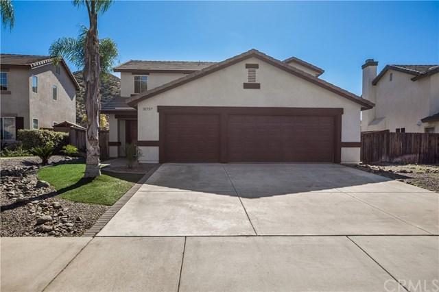 31757 Canyon Estates Drive, Lake Elsinore, CA 92532 (#SW18043097) :: Dan Marconi's Real Estate Group