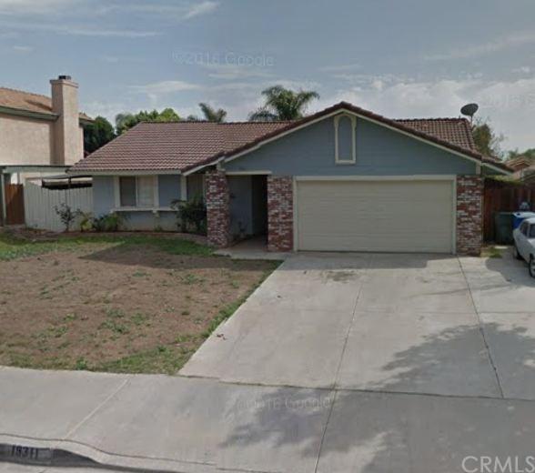 19311 Caledonia Drive, Riverside, CA 92508 (#CV18043152) :: Dan Marconi's Real Estate Group