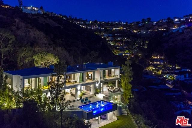 8854 Thrasher Avenue, Los Angeles (City), CA 90069 (#18316942) :: DSCVR Properties - Keller Williams