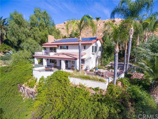 401 E Blaine Street, Riverside, CA 92507 (#IV18042738) :: Mainstreet Realtors®