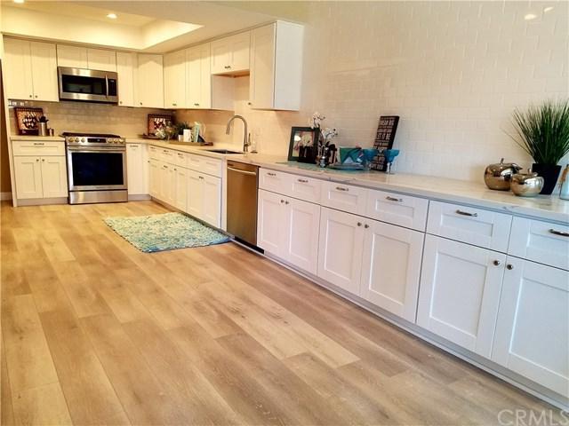 21 Queens Wreath Way, Irvine, CA 92612 (#OC18041508) :: Teles Properties | A Douglas Elliman Real Estate Company