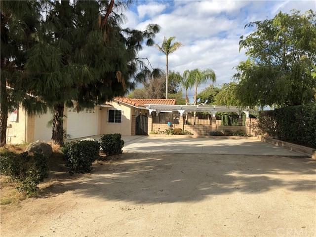 18430 Kross Road, Riverside, CA 92508 (#TR18043307) :: Mainstreet Realtors®