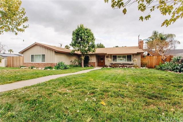 154 E 16th Street, Upland, CA 91784 (#CV18043639) :: Mainstreet Realtors®