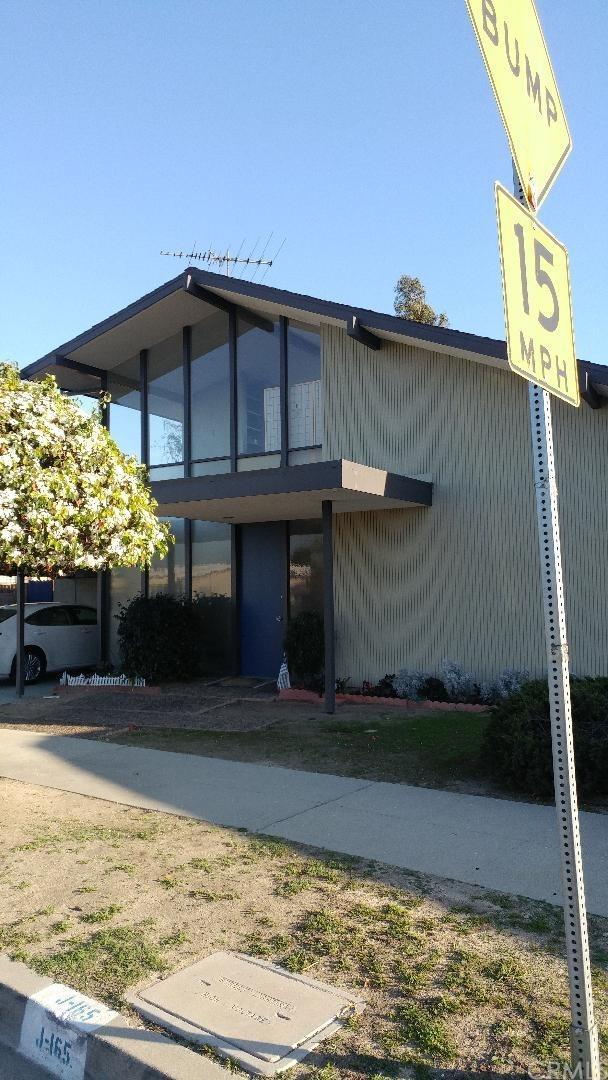 4470 Don Felipe Drive, Baldwin Hills, CA 90008 (#CV18043996) :: Fred Sed Group