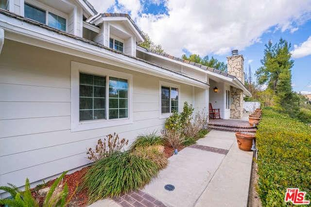 5601 Jed Smith Road, Hidden Hills, CA 91302 (#18317486) :: RE/MAX Masters