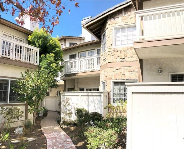 1704 Elm Avenue #23, Torrance, CA 90503 (#SB18047502) :: RE/MAX Masters
