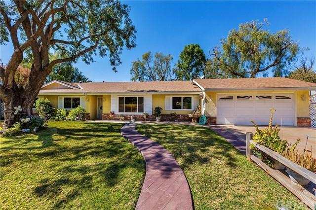 2340 Reservoir Drive, Norco, CA 92860 (#IG18045070) :: Z Team OC Real Estate