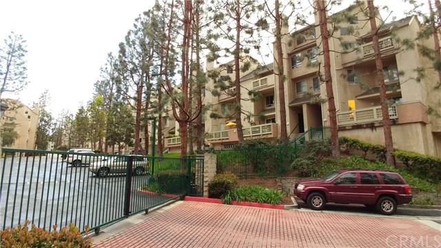 1445 Brett Place #318, San Pedro, CA 90732 (#SB18048216) :: RE/MAX Masters