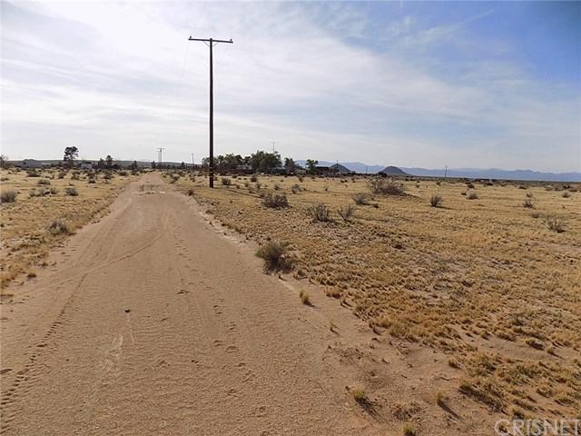 0 Blair St, North Edwards, CA 60190 (#SR18049701) :: UNiQ Realty