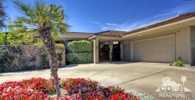 6 Stanford Drive, Rancho Mirage, CA 92270 (#218007138DA) :: Realty Vault