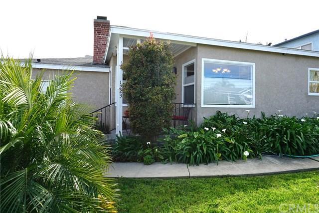 1223 W 25th Street, San Pedro, CA 90731 (#PV18050646) :: RE/MAX Masters