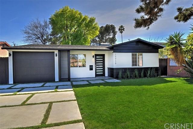 15938 Haynes Street, Lake Balboa, CA 91406 (#SR18052836) :: RE/MAX Masters