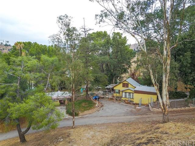 9840 Sunland Boulevard, Shadow Hills, CA 91040 (#SR18055471) :: Kristi Roberts Group, Inc.