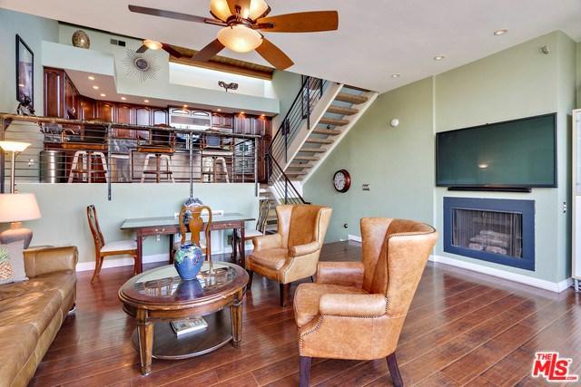 16 66TH Avenue #3, Playa Del Rey, CA 90293 (#18321658) :: Erik Berry & Associates