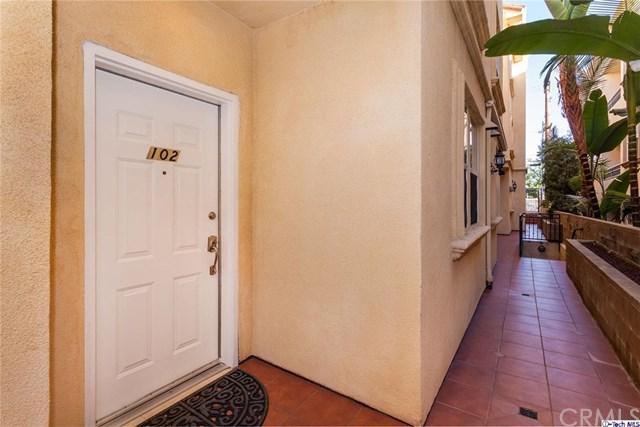 574 E Palm Avenue #102, Burbank, CA 91501 (#318000918) :: Realty Vault