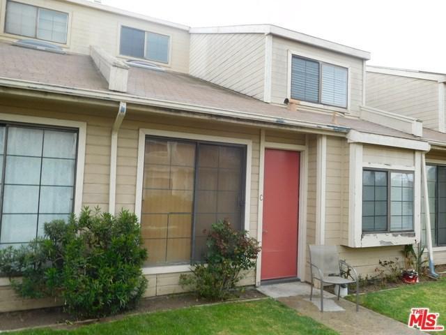 13612 Lemoli Avenue C8, Hawthorne, CA 90250 (#18321930) :: The Darryl and JJ Jones Team