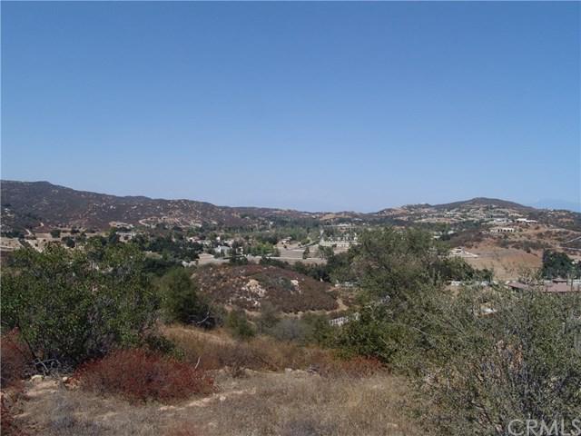 17 Vista Del Bosque, Murrieta, CA 92562 (#SW18056658) :: Z Team OC Real Estate