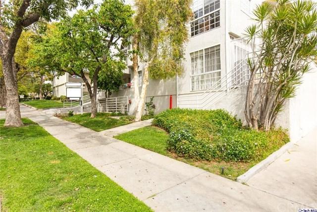 1328 N Columbus Avenue #11, Glendale, CA 91202 (#318000933) :: Realty Vault