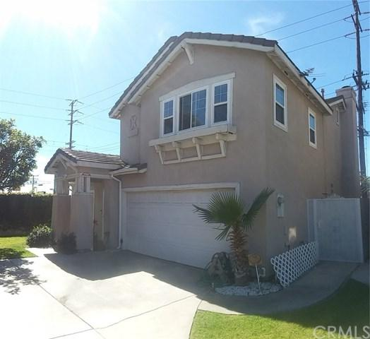 12729 Glen Eagles Drive, Hawthorne, CA 90250 (#PW18056922) :: RE/MAX Masters