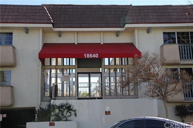 18640 Collins Street #203, Tarzana, CA 91356 (#SR18056520) :: Fred Sed Realty