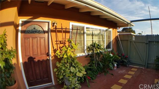 726 Weelo Drive, Costa Mesa, CA 92627 (#OC18037546) :: DiGonzini Real Estate Group
