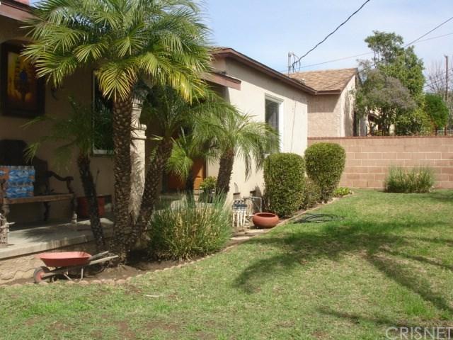 13451 Fernmont Street, San Fernando, CA 91340 (#SR18057587) :: Fred Sed Realty