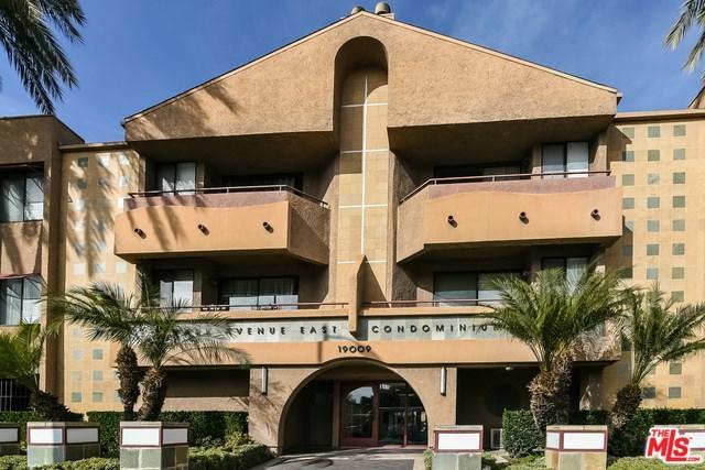 19009 Sherman Way #71, Reseda, CA 91335 (#18322376) :: Z Team OC Real Estate
