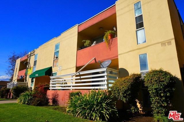 17463 Vanowen Street, Van Nuys, CA 91406 (#18322502) :: RE/MAX Masters
