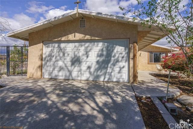 66272 5th Street, Desert Hot Springs, CA 92240 (#218008234DA) :: Z Team OC Real Estate