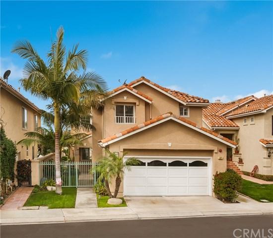 37 Santa Lucia, Dana Point, CA 92629 (#OC18053132) :: Berkshire Hathaway Home Services California Properties