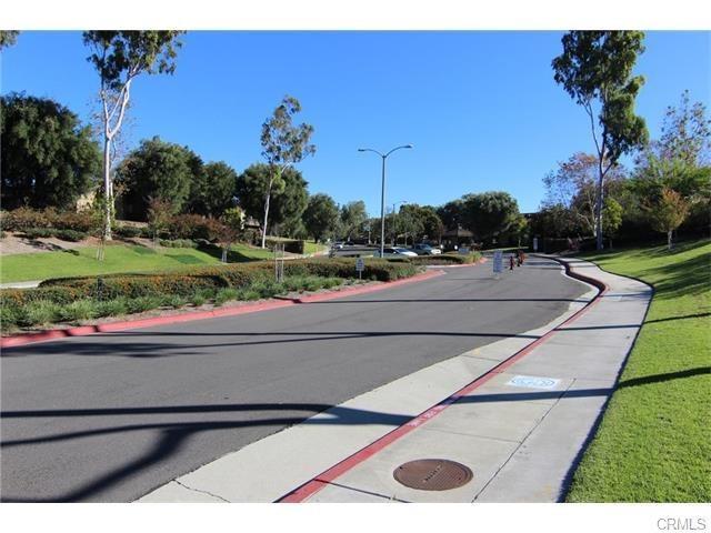 13624 La Jolla Circle 9-E, La Mirada, CA 90638 (#PW18056345) :: RE/MAX Masters