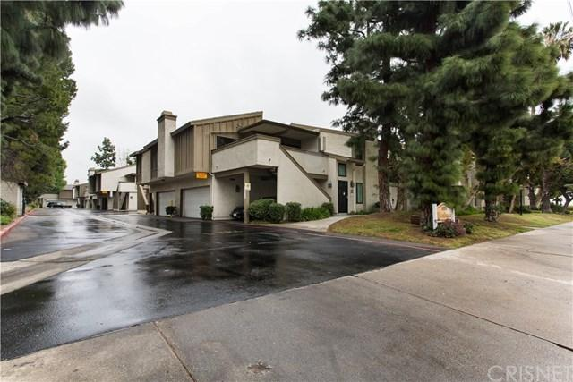 16255 Devonshire Street #26, Granada Hills, CA 91344 (#SR18057968) :: Z Team OC Real Estate
