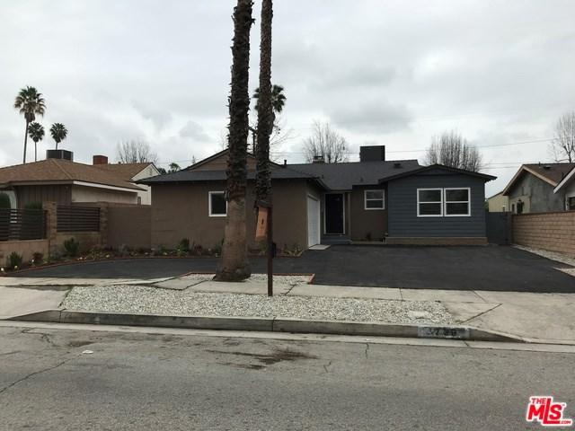 7736 Bellaire Avenue, North Hollywood, CA 91605 (#18319478) :: Z Team OC Real Estate