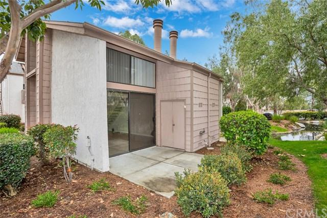26701 Quail Creek #301, Laguna Hills, CA 92656 (#OC18057914) :: Fred Sed Realty