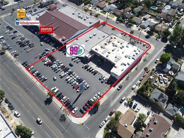 17020-17058 Chatsworth Street, Granada Hills, CA 91344 (#DW18058337) :: Realty Vault