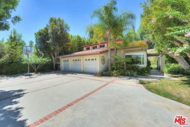 23444 Park Hermosa, Calabasas, CA 91302 (#18322754) :: Fred Sed Realty