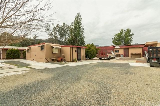 20726 Grand Avenue, Wildomar, CA 92595 (#SW18058870) :: Kristi Roberts Group, Inc.
