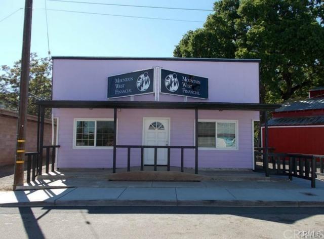 12594 Acorn Street, Clearlake Oaks, CA 95423 (#LC18058979) :: Realty Vault