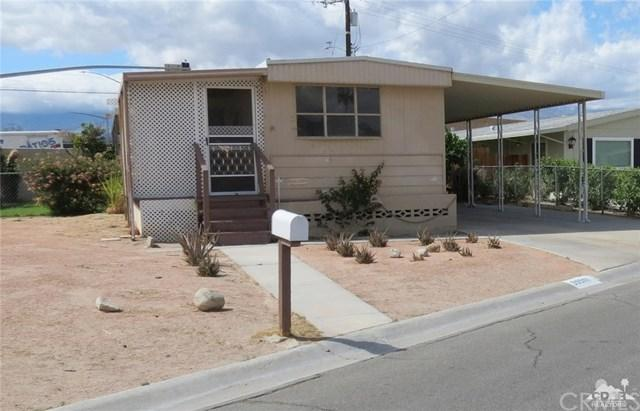33301 Westchester Drive, Thousand Palms, CA 92276 (#218008530DA) :: Z Team OC Real Estate