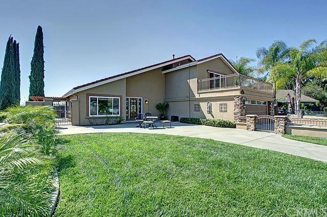 25451 Grissom Road, Laguna Hills, CA 92653 (#OC18052800) :: Fred Sed Realty