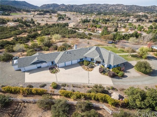 18001 Tenaja Road, Murrieta, CA 92562 (#SW18059568) :: Z Team OC Real Estate